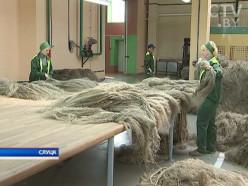 Слуцкий льнозавод начал поставки льноволокна в Китай