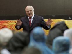 Лукашенко говорит о стабилизации валютного рынка