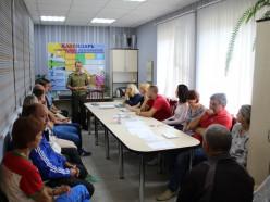 Руководство Слуцкого РОЧС продолжает проводить разъяснительную работу среди населения города и района