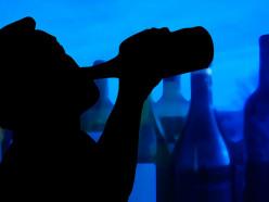 Употребление спиртосодержащих жидкостей, имеющих в своей основе технические спирта, представляет опасность для жизни