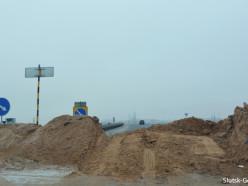 Житель Молодечно выехал на не обозначенный участок Р23 и врезался в песчаную насыпь