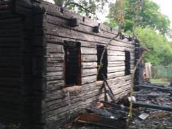 В деревне Нива Слуцкого района сгорел дом
