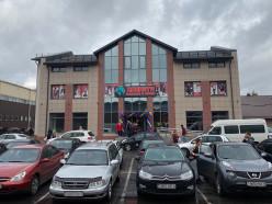 В Слуцке открылся новый торговый центр