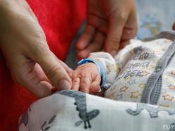 В Беларуси заметно повышают пособия на детей до 3 лет. На сколько вырастут выплаты