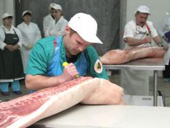 Слуцкий райисполком за свой счёт обучит специалистов с последующим трудоустройством на мясокомбинат