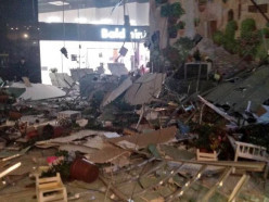 В минском ТРЦ Арена Сити обвалился потолок, есть пострадавшие