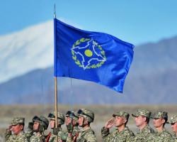 Лукашенко раскритиковал Россию, что она не укрепляет армии ОДКБ