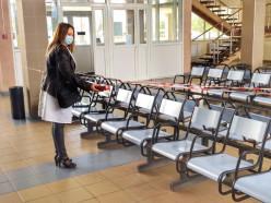 Учения на слуцком автовокзале: по легенде, кто-то из посетителей подбросил коробку с опасным излучением