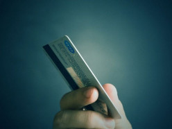 В Вилейском районе рецидивист во время секса украл у женщины банковскую карточку