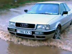 В деревне Великий Быков Слуцкого района затопило дорогу