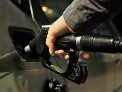 Вице-премьер назвал справедливую цену бензина