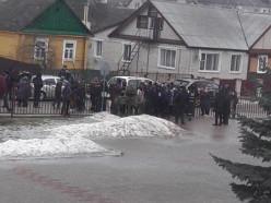ЧП в Столбцах: в результате нападения ученика в школе погибли учительница и школьник (обновлено)
