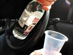 Пьяный водитель врезался в столб