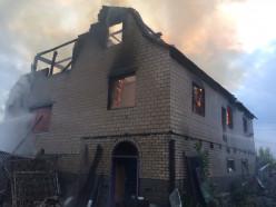 Рано утром в Слуцке полностью выгорел дом. Фото