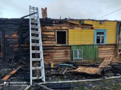 В Слуцком районе сгорел дом. На фотографиях - последствия пожара