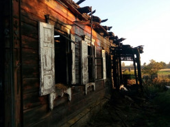 В деревне М. Быков из-за курения в постели погиб 30-летний мужчина