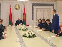 Президент сменил руководство правительства. Сергей Румас пришёл на смену Кобякову
