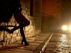 Девушка со Случчины предлагала интим-услуги солигорчанам