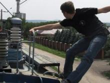 В Минске подросток залез на вагон и получил удар высоковольтной линии