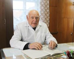 «Каждый день живу со смыслом». Сельский доктор из Покрашево проработал на одном месте 67 лет