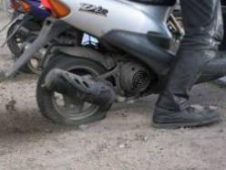 Вчера в Слуцке украли скутер и два пакетика арахиса