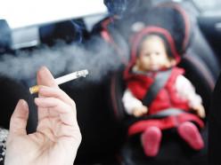 Курение в автомобилях в присутствии детей могут запретить в Беларуси
