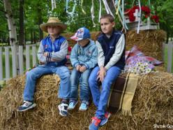 В парке для детишек провели ковбойскую вечеринку. Фото