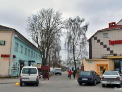 В центре Слуцка работает охраняемая автостоянка с тарифом 30 рублей в месяц
