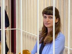 Журналистке TUT.BY Екатерине Борисевич дали 6 месяцев колонии, врачу Сорокину - 2 года с отсрочкой исполнения