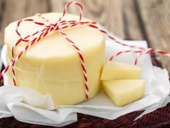 Слуцкие сыроделы к «Дожинкам» сварили 120-килограммовую головку сыра