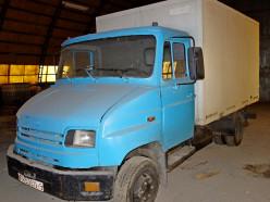 Ликвидируемый «Слуцк-Восток» выставил на аукцион трактор и грузовик. Фото
