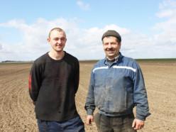 Сельхозорганизации Слуцкого района приступили к посеву сахарной свеклы