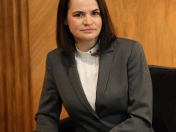 КГБ внес в список причастных к терроризму Тихановскую и Латушко