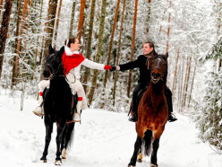Ужин при свечах против зимнего пикника: куда пригласить девушку в День всех влюблённых?