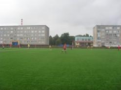 На стадионе государственного колледжа в Слуцке установят ещё одну трибуну