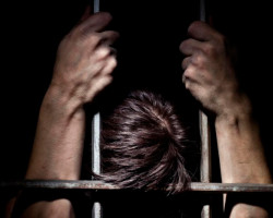 Минчанин получил 20 лет колонии за изнасилования дочерей и падчерицы