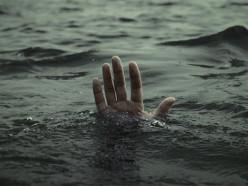 «Они там сами чуть не утонули». Очевидец трагедии за Михайловской церковью рассказал, как всё произошло