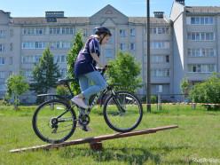 Школьники Слуцка приняли участие в велопробеге и ответили на вопросы по ПДД