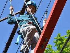 Первыми верёвочный парк испытали учащиеся Слуцкого центра туризма
