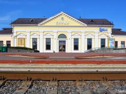 С 1 мая назначаются дополнительные поезда Слуцк-Барановичи