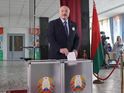 Лукашенко проголосовал на выборах президента. Что он говорил