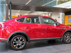 Почти X6? Во что обойдется покупателю новый купе-кроссовер от Renault, и что он получит за свои деньги?