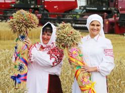 В Слуцком районе прошёл праздник «Зажинки-2018»
