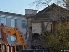 В центре Слуцка начался снос старого здания (обновлено)